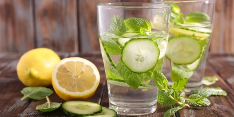 Healthy Benefits of Detox Water for Your Body